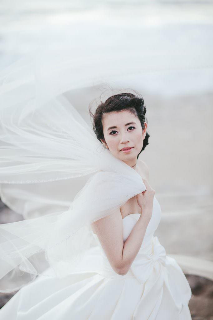 portrait of a maui bride with billowing veil www.melialucida.com #windy #wedding #hawaii #maui