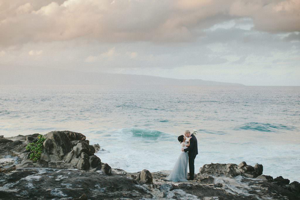 Maui engagement with blue skirt www.melialucida.com #hawaii #maui #engagement